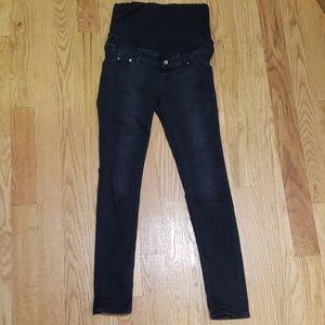 Maternity skinny jeans